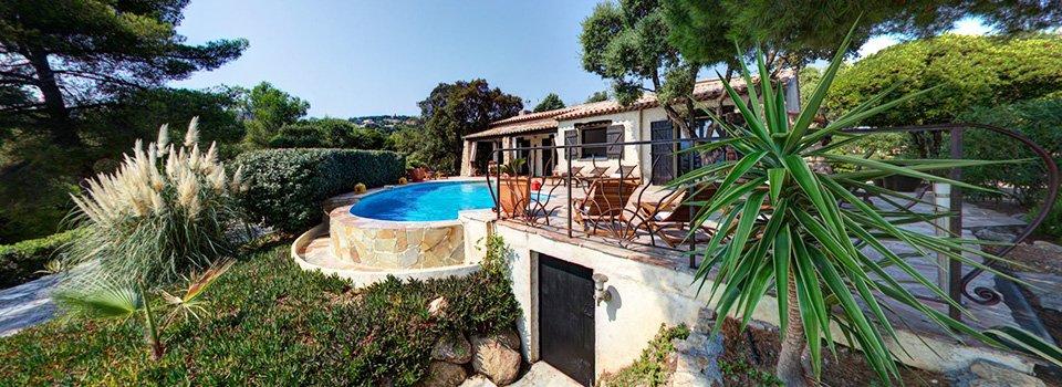 Visite virtuelle 360° de la villa La Crespina à Saint-Aygulf